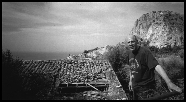 Liles field recording session, Sicily, 2004.